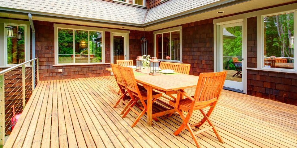3 Deck Maintenance Tips
